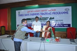Distribution of certificates to the participants