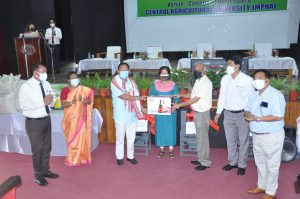 Hon_ble MP, Inner Manipur and Hon_ble VC CAU imphal Distributingof inputs under Community empowerment programme